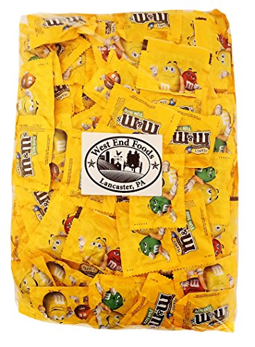 M&M's Peanut Chocolate, Classic Candy (5 lbs) Bulk of Fun Size Snacks in a Bag. Perfect for a Party, Buffet, Pinata, Office, Wedding Favors, Halloween, or Christmas Gift (Fun Halloween Food)