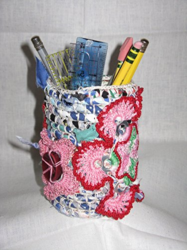 - HANDMADE DECORATIVE UP-CYCLED CLOTH CROCHETED PENCIL HOLDER