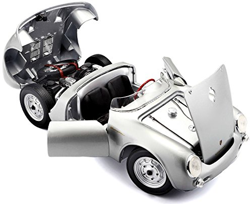 Maisto 1:18 Scale Porsche 550A Spyder Diecast Vehicle