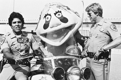 chips-john-and-ponch-by-police-motorbikes-11x17-mini-poster-erik-estrada-larry-wilcox