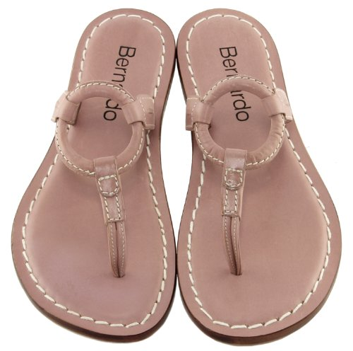 Bernardo Womens Matrix Flat Sandal Caprifoglio