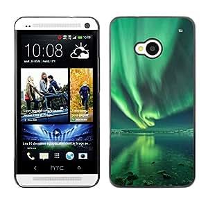 TopCaseStore / la caja del caucho duro de la cubierta de protección de la piel - Aurora Borealis Water Reflection Green - HTC One M7