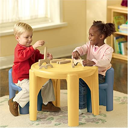Amazon.com: Little Tikes Table and Chairs Set: Toys & Games