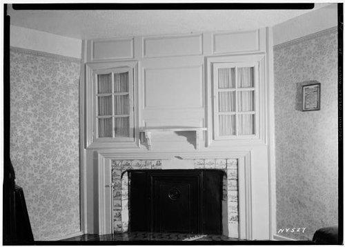 Photo: Woodward House,1891 Flushing Avenue,Maspeth,Queens County,NY - Flushing Shopping Center