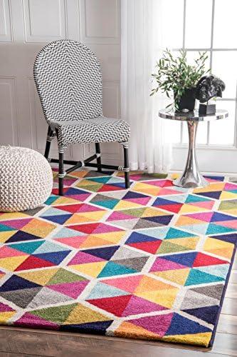 Best living room rug: nuLOOM Maris Triangles Area Rug
