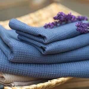 Conjunto de toalla de baño de lino en color azul francia modelo Wafer