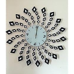 Handmade Decorative Larger Metal Wall Clock (spin)