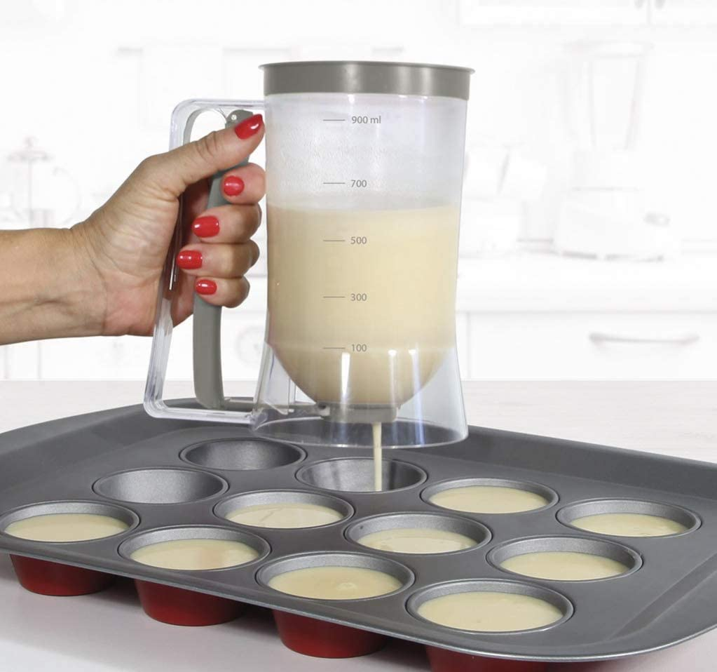 Teigportionierer mit Deckel und Skala Teigportionierer f/ür Cupcakes 900 mL Waffeln Cupcake Pfannkuchen Teig Spender Teigspender Space Home Grau