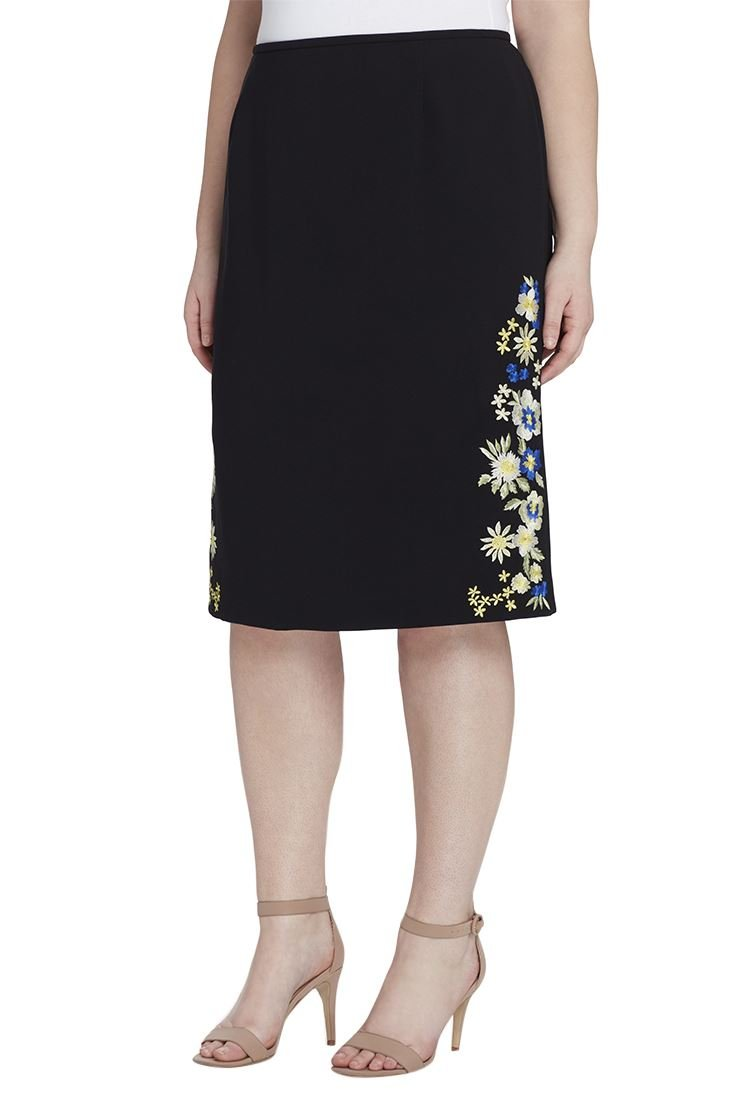 Tahari Women's Embroidered Crepe Skirt - Black - 10 by Tahari