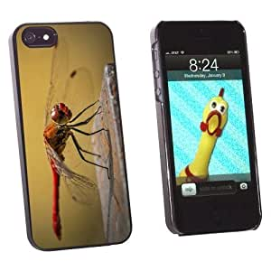 Graphics and More Red Dragonfly Snap-On Hard Protective For Ipod Touch 4 Phone Case Cover - Non-Retail Packaging - Black