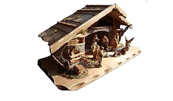 BTV Haus XXL con accesorios, diseño modelo &: madera maciza con figuras de madera, con figuras, establo de pesebre establlo de Belén sin iluminación K80MF: Amazon.es: Hogar