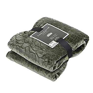 Qbedding All Season Ultra Soft Microplush Blanket Twin&Queen (Cobbled Classic-Olive Green, Queen)