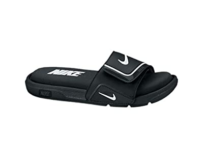 uk availability 40b9d c32ef NIKE Boys Comfort Slide 2 Sandal (3 Little Kid M, BlackWhite)