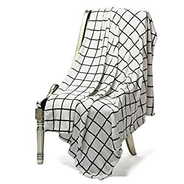 Bertte Ultra Velvet Plush Super Soft Decorative Flannel Warm, Lightweight and Durable Throw Blanket, Fluffy, Cozy, Black and White Plaid