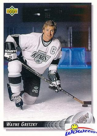 pretty nice a9ce8 1f872 Wayne Gretzky 1992/93 Upper Deck #25! Shipped in Ultra Pro ...