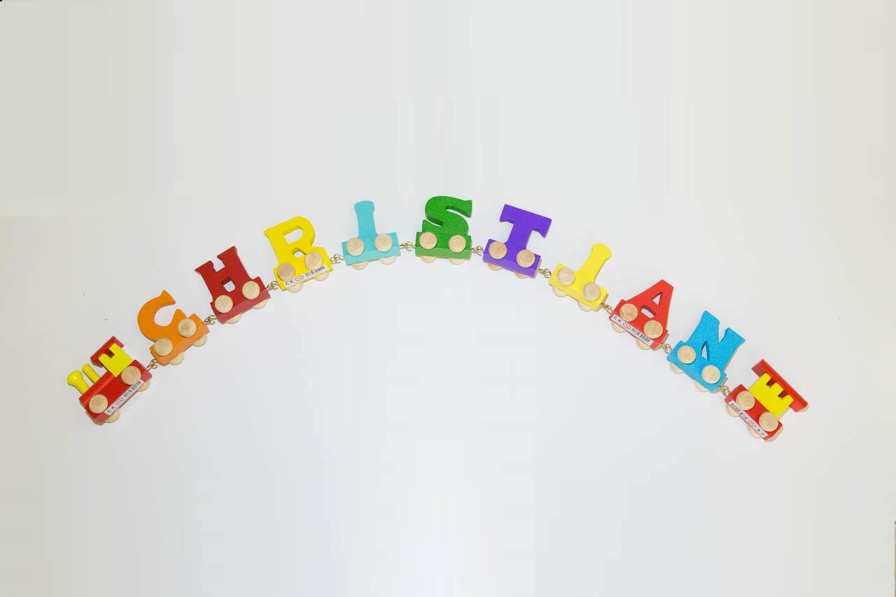 loc /& wagon gratuit Ensemble de noms de couleurs de train de lettres 8 noms de lettres Peut /être personnalis/é Cadeau pour la naissance Cadeaux de bapt/ême Cadeaux pour la scolarit/é Les 8 lettres Fun World Toys/® Wooden Sign