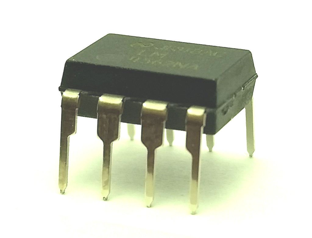 National Semiconductor LM4562NA LM4562 + Sockets Dual OpAmp DIP-8 - (Pack of 10)