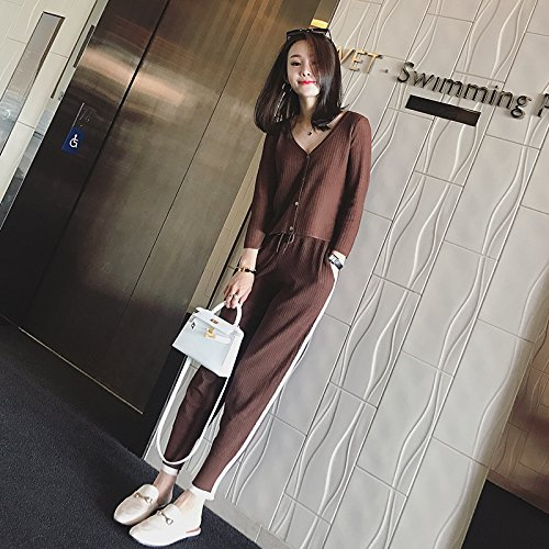 9a750cd06ac2 Amazon.com : Korean Hong Kong flavor fashion Western style suit knitted  V-neck sweater casual harem pants two-piece for women girl : Beauty