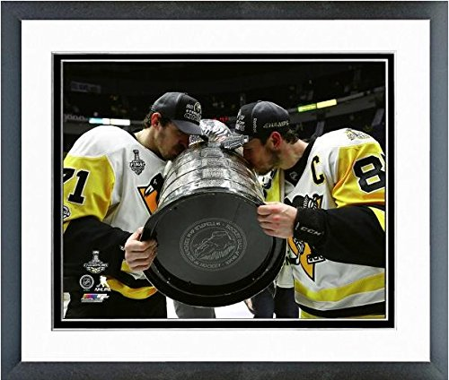 Evgeni Malkin Sidney Crosby Pittsburgh Penguins 2017 Stanley Cup Photo (Size: 12.5