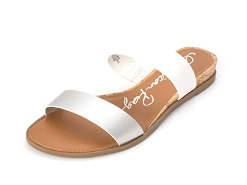 0967ce6fa8a American Rag Womens Easten Faux Leather Slide Flat Sandals White 7 Medium  (B