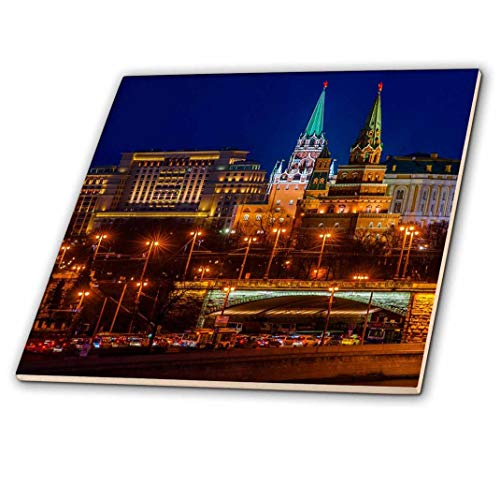 3dRose Moscow Kremlin Towers in Winter. Evening Lights and Heavy Traffic Tile, 6 x 6 ()