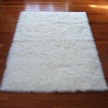 "White Polar Bear Sheepskin Rectangle Faux Fur Rug - Made in France (2x4 (Actual 27""x43""))"