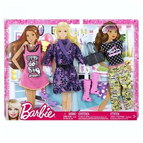 a1d0c6ecb1 Amazon.es  Barbie Accesorios para muñecas - Set vestidos de la moda de ropa  - Pijama  Juguetes y juegos
