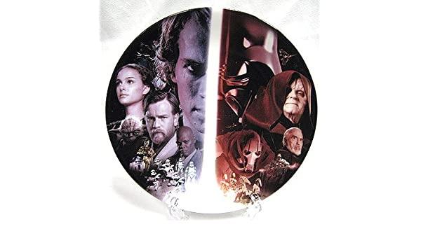 Amazon Com Star Wars Series 2 Uk Exclusive Collector Plate Anakin Skywalker Cast Of Revenge Of The Sith Home Kitchen