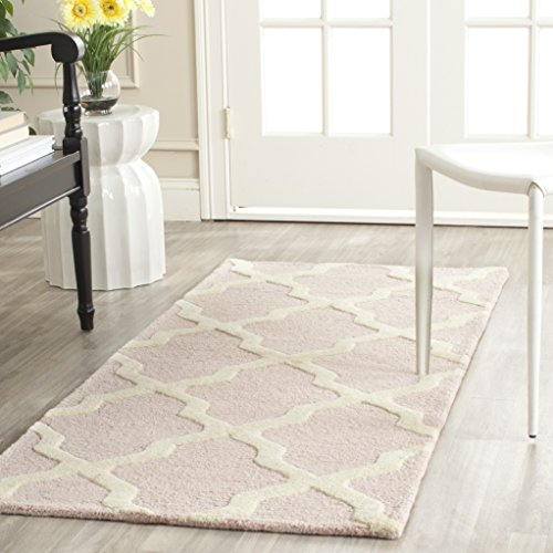Safavieh Cambridge Collection CAM121M Handmade Moroccan Geometric Light Pink and Ivory Premium Wool Runner (2'6