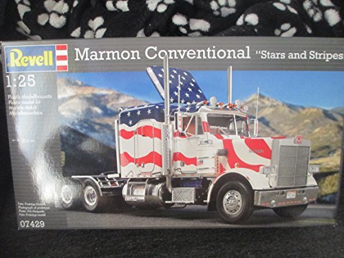 Revell - 07492 - Marion Conventional Truck Stars and Stripes - Model Kit - 13.5 inch long
