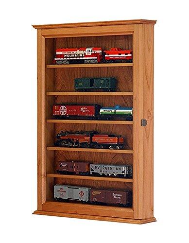 HO Model Train Display Cabinet- Cherry Hardwood ()