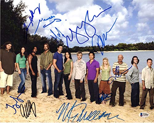 Lost Cast by 10 Signed 11x14 Photo Certified Authentic Beckett BAS COA