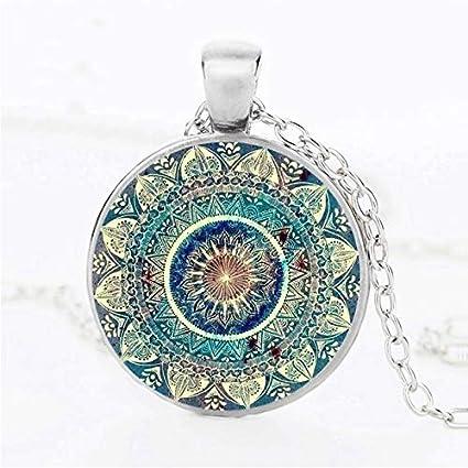 Amazon.com: Vintage cúpula de vidrio Collar el budismo ...