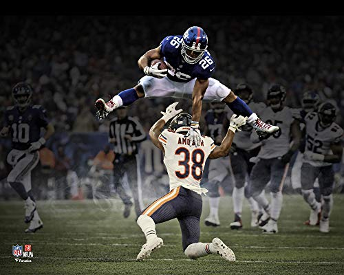 (Saquon Barkley New York Giants Hurdle Unsigned Photograph - Fanatics Authentic Certified - NFL Unsigned Miscellaneous)