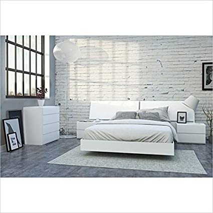 Nexera District 5 Piece Queen Bedroom Set In White Lacquer And Melamine  With 4 Drawer Chest