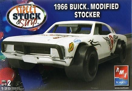 AMT 1966 Buick Modified Stocker Model Car