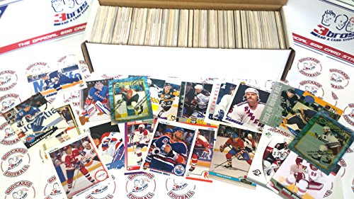 600 miscellaneous hockey cards from all brands ranging in years from 1970-present jumbo starter kit. Perfect gift...
