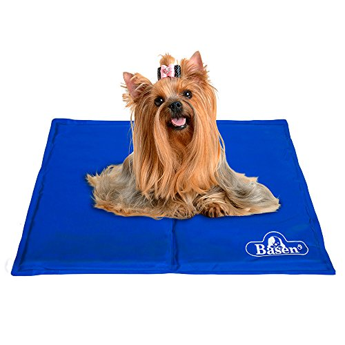 Pet Cooling Mat, Soft Comfortable Pet Chilly Gel Mat, Folding Self Cooling Pet Bed for Keeping Dogs Cool in Summer (M: 19 x 15 inch) by Basen