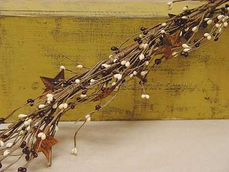 Burgundy & Ivory Pip Berries Garland with Small Rusted Stars Rusted Metal Garland