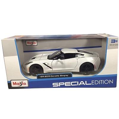 Chevrolet 2014 Corvette C7 Stingray 1 24 By Maisto 31505 White: Toys & Games