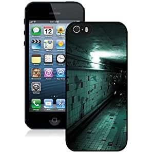 NEW Unique Custom Designed iPhone 5S Phone Case With Spooky Corridor Wall Tile Flying Halloween_Black Phone Case
