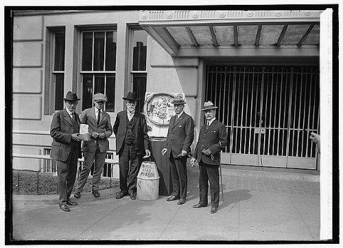 (HistoricalFindings Photo: Legion tin foil Group,1923,National Photo Company)