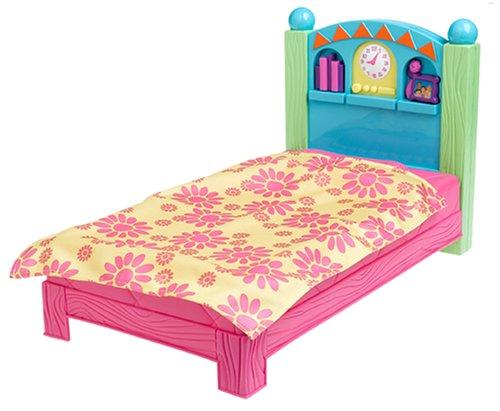 Dora Dress-Up Bed