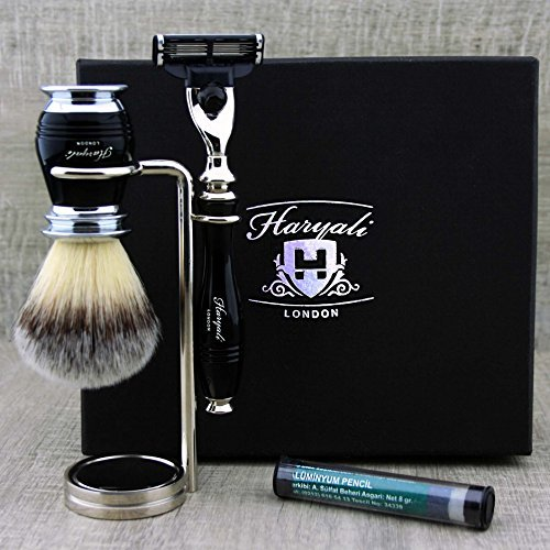 Black Colour 3 Pieces Shaving Kit For Men's. The set Comes with Badger Looking Synthetic Hair Brush, Haryali London