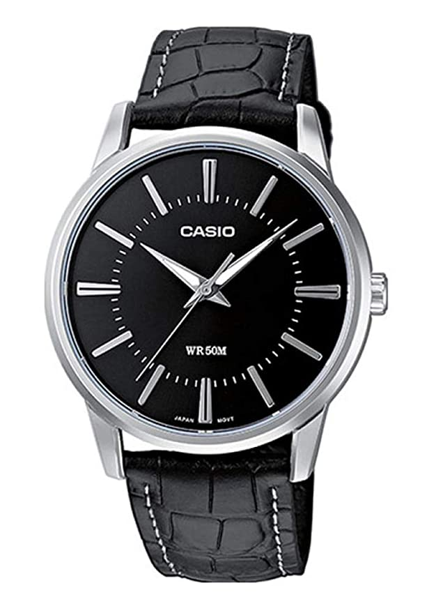 Reloj Casio con correa de cuero negra