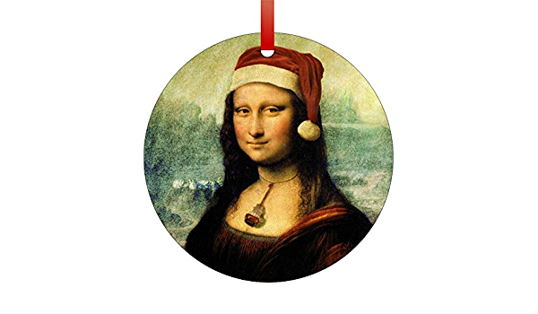 Amazon Com Rosie Parker Inc Leonardo Da Vinci S Mona Lisa Wearing A Santa Hat Double Sided Round Shaped Flat Aluminum Christmas Holiday Hanging Tree Ornament Made In The Usa Home Kitchen