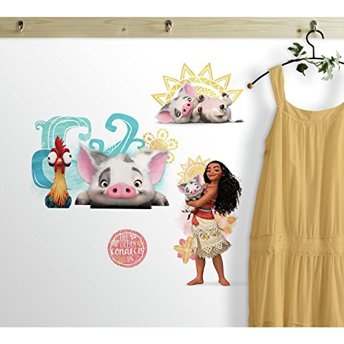 RoomMates RMK3680SCS Disney Moana And Friends Peel And Stick Wall Decals
