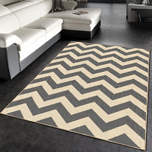 "Rubber Backed 3'4"" X 5' Rich Chevron Grey & Ivory Zig Zag"