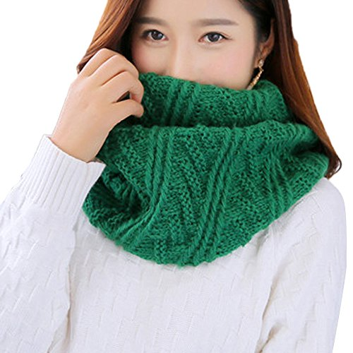 (MaxFox Fashion Women Warm Knit Neck Circle Cowl Snood Multi-purpose Woven Bib Collar Scarf (Green))