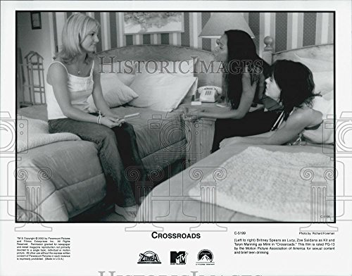 2002 Press Photo Britney Spears, Zoe Saldana And Taryn Manning In - Crossroads Saldana Zoe